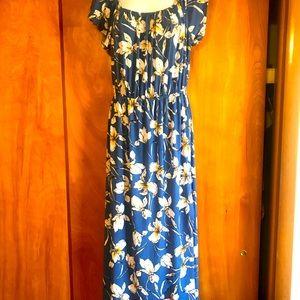 Floral boutique gilli blue white tulip maxi dress